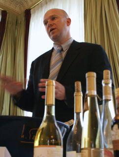 Attila Domokos z winiarni Dobogó